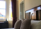 Large Double Room - Alcuin Lodge