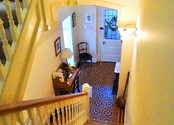 Stairs and Hall - B&B Alcuin Lodge.jpg